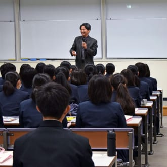 熊本商業高校の生徒さんが本学の「大学体験プログラム」に参加されました
